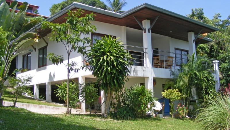 Blick zur Villa Baan Makham 02