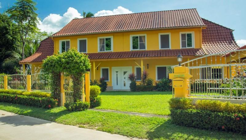 Koh Samui Haus mit 5 Ferienwohnungen - Koh Samui house with 5 apartments
